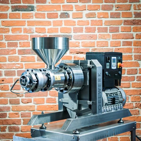 oelwerk-oelpresse-ow5500-7500-halbprofil.jpg